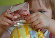 Ravnanje z denarjem