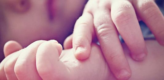 Nohti pri dojenčku