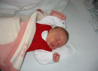 Spanje dojenčka