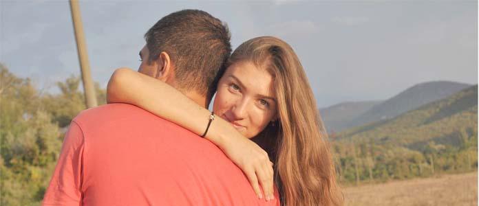 Kako pomembna je čustvena stabilnost med partnerjema