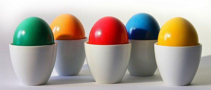 Barvanje jajc.