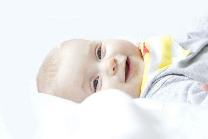 Čiščenje noska pri otroku